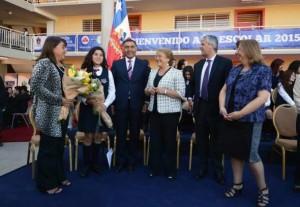 Vittori  y Bachelete en Liceo Bicentenario